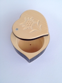 Holzbox Herz