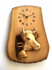 Uhr mit Kuhkopf